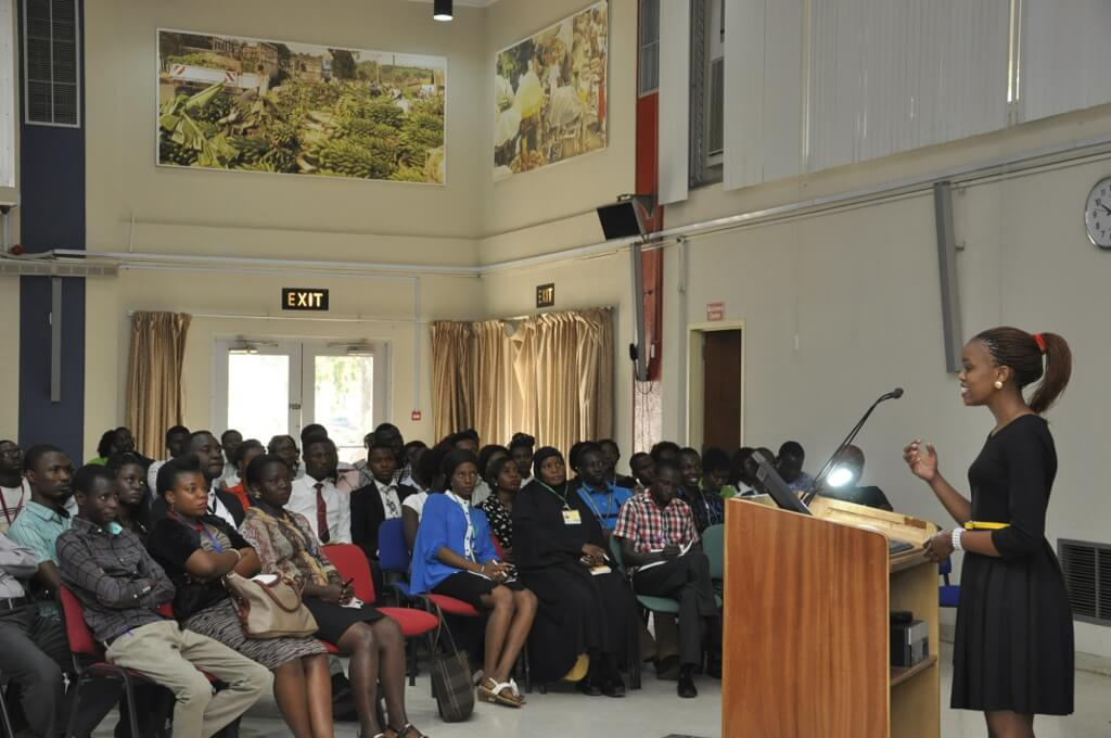 Picture of Rita addressing participants during the seminar