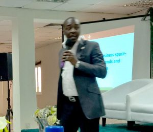 Picture of Layi Olatunji speaks on behalf of BIP at the agribusiness workshop.
