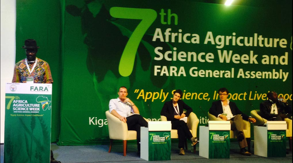 Picture of Kwesi Atta-Krah (left) leads panel discussion on sustainable productivity growth.