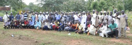 Picture of happy farmers at the field day in Mokwa, Niger State.