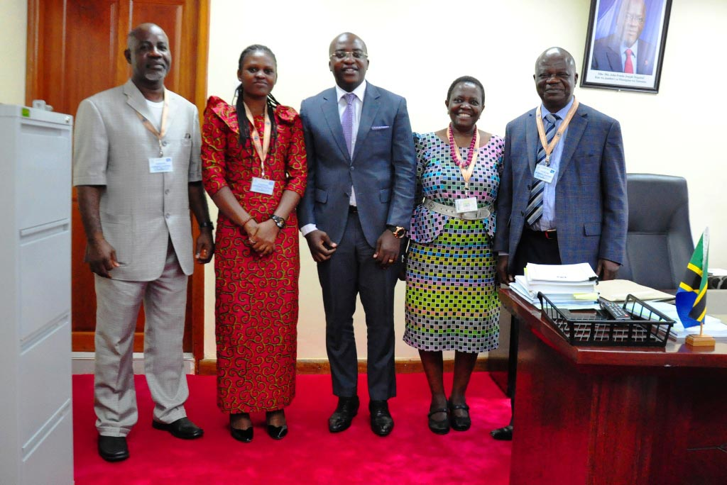 Picture of An IITA team from the East Africa hub led by Victor Manyong, R4D Director (right), visited with the Deputy Prime Minister in the Prime Minister's Office.