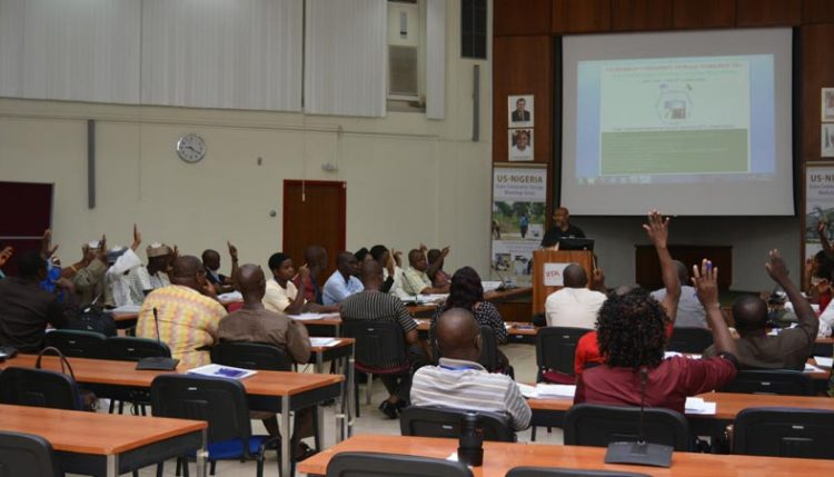 Picture of participants at the commodity management workshop.