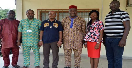 Chairman, Onne Community Development Commitee (3rd from the left) with Richardson Okechukwu (3rd from right) and IITA Onne staff.