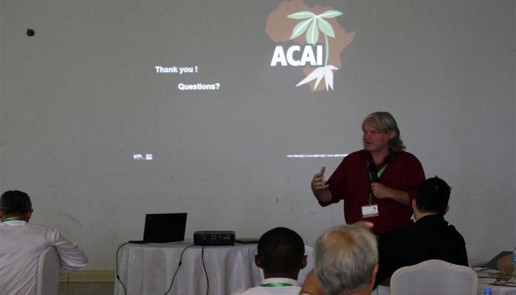Bernard Vanlauwe addressing participants.