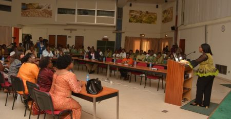 Picture of Dr Sarah Olubi-Johnson addressing the youth during the seminar.