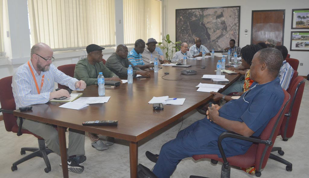Picture of Round-table discussion during NRCRI visit at IITA