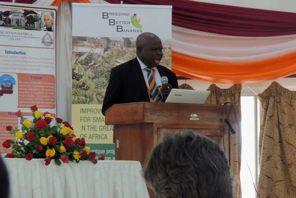 Picture of The guest of honor, Cyprian Ebong, the interim Executive Secretary of ASARECA giving his speech
