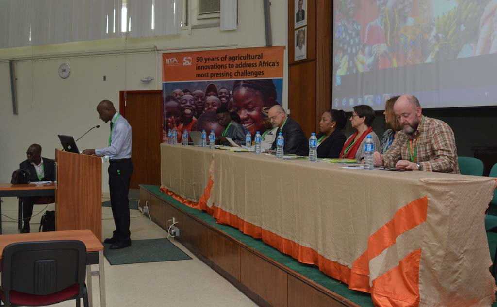 Picture of Tope Adegboyega, IARSAF President, addressing the participants at the annual symposium in IITA