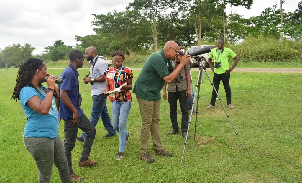 Picture of representatives of GYF went bird watching at the IITA lakeside during their courtesy visit to the IITA Forest Center, Ibadan. Photo A. Ajayi