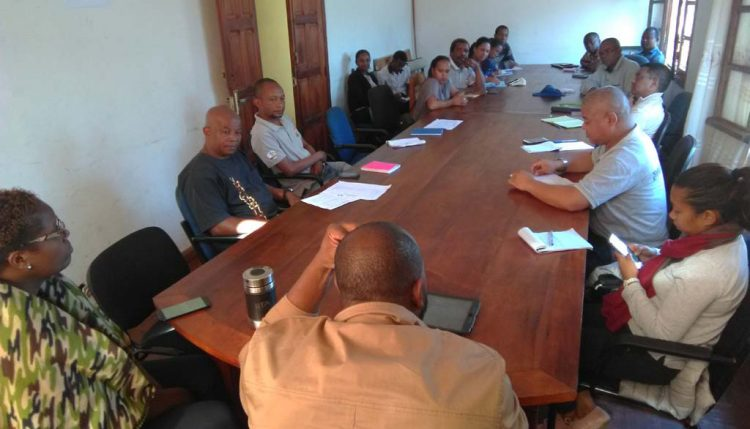 Picture of IITA mission team members meeting with Madagascar agriculture stakeholders