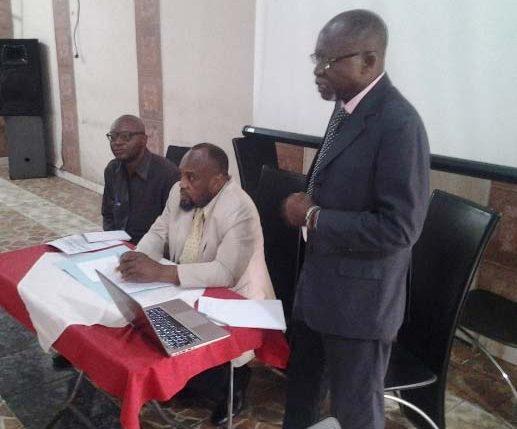 Picture of IITA Country Representative, Nzola-Meso Mahungu (standing), presenting at the workshop
