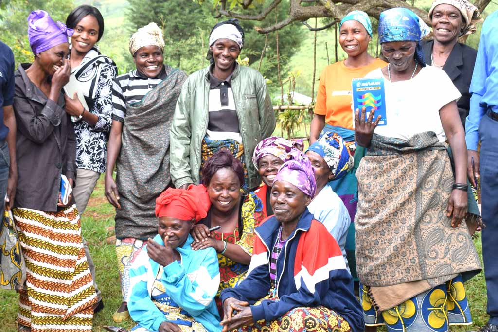 Picture of Irongo Women's group following discussions on how to better manage household budgets and business activities.