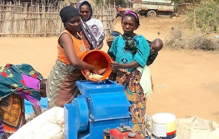 How gender norms prevent women from using technology to shell maize in Tanzania
