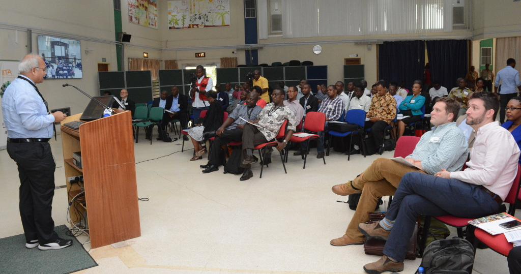 Picture of Dr Ranajit Bandyopadhyay addresses participants at the aTTC project launch in IITA, Ibadan.